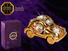 Dekoratiivsete kristallidega kuju Mänguauto MO-109881