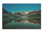 Seinapilt puidul Mountain landscape at Lake Magog in Canada