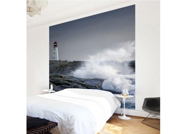 Fliis fototapeet Storm Waves At The Lighthouse