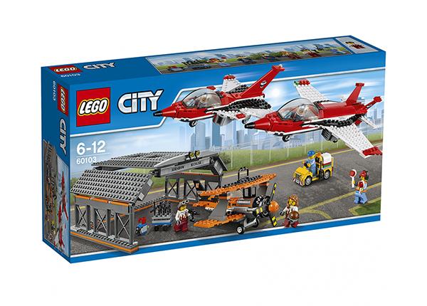 LEGO City Lennujaama õhuetendus RO-137476