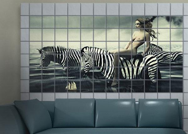 Kleebised seinaplaatidele Woman Posing With Zebras 60x120 cm ED-140479