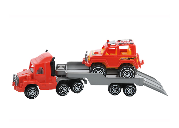 Treilerauto ja maastur RO-142529