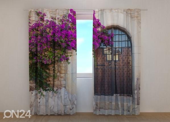 Pimendav kardin Purple Bush and Old Door ED-137854